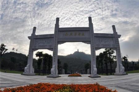 长寿湖郁金香节、菩提山祈福、菩提古镇一日游